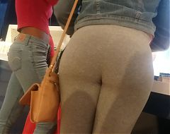 Miss Lil Phat Booty!!