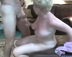 Mature swinger wife really loves sex