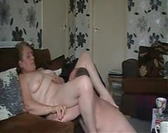Man with long dick eatsgranny and gets bj